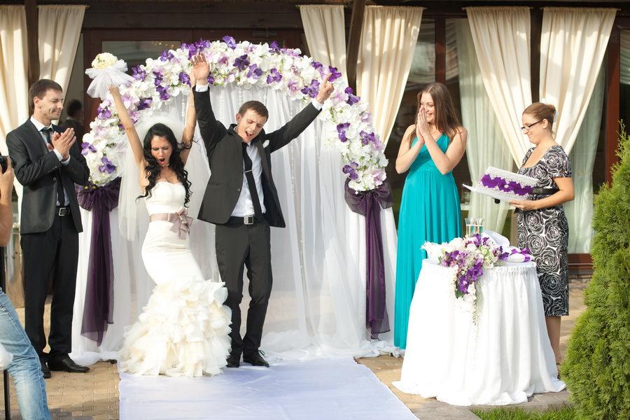 Свадьба пир на весь мир или скромное