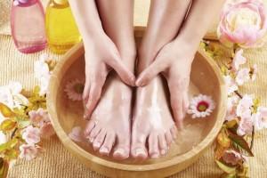 Неприятный запах ног. Как от него избавиться