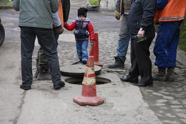незаконные подключения к канализации на жилмассиве Таирова