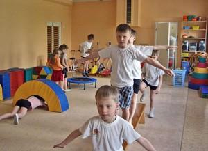 Система упражнений для ускорения роста детей