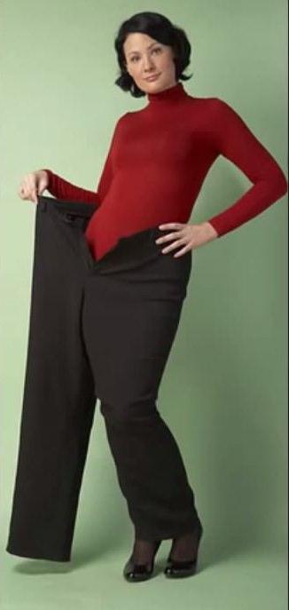 женщина выпадает из штанов