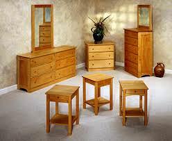 Окрашивание старой мебели