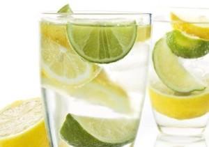 напиток из свежевыжатого лемона